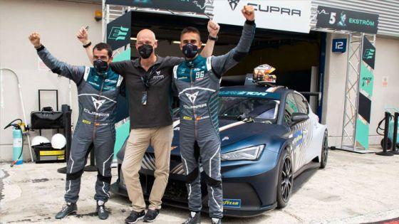 CUPRA e-Racer ganador de la primera carrera de turismos eléctricos del mundo
